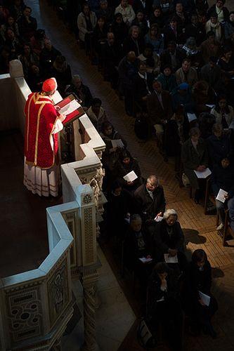 Cardeal Nichols na Sexta-Feira da Paixão, do Púlpito da Catedral de Westminster, Reino Unido