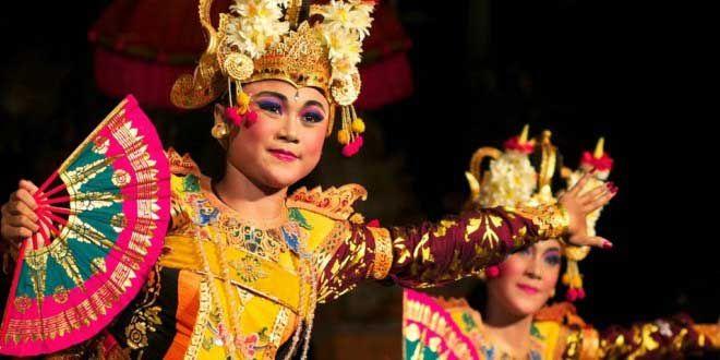 Edupost.id – Sebanyak 34 tim penari berlaga di Festival Tari Anak Nasional 2016 beberapa waktu lalu diPelataran Parkir Selatan Taman Mini…