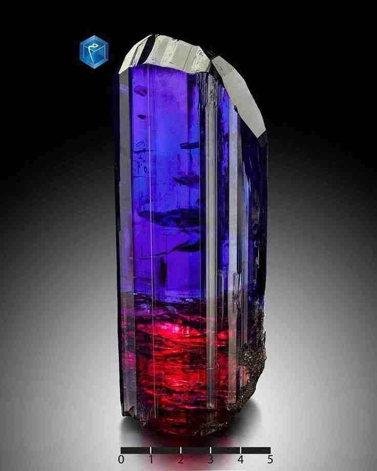 Tanzanite Crystal | Photo Copyright © MIM Museum