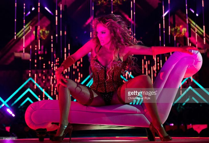 Recording artist Jennifer Lopez performs onstage during the 2018 DIRECTV NOW Super Saturday Night Concert at NOMADIC LIVE! at The Armory on February 3, 2018 in Minneapolis, Minnesota.