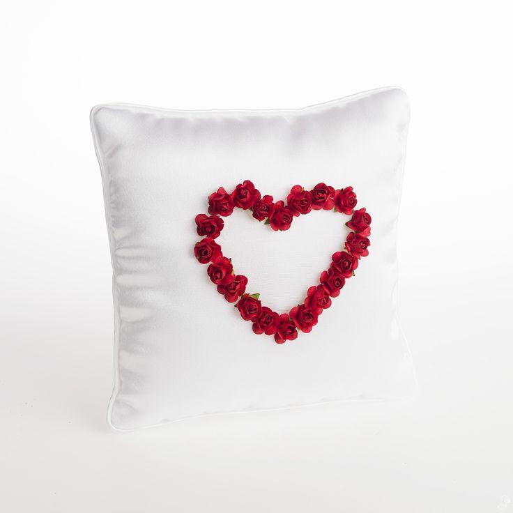 Romantisch ringkussen - rood hart