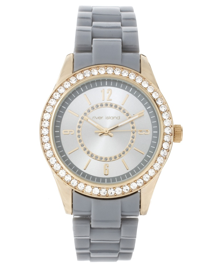 Super chic watch.