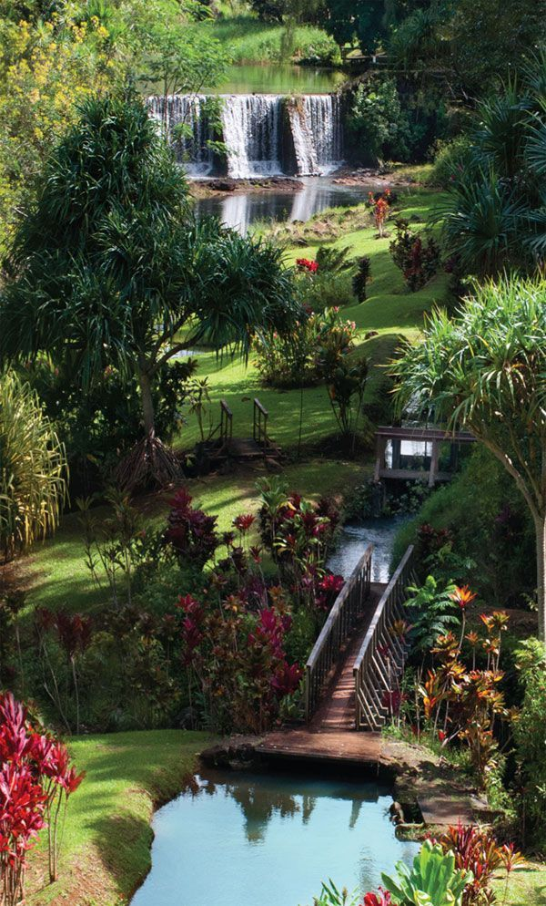 I've been here and it really is this pretty! Tucked away just behind the Anaina Hou Community Park, the Kauai Mini Golf and the Namahana Café is a mostly undiscovered gem of Kauai.