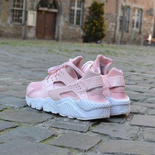 Huarache Nike Rosa