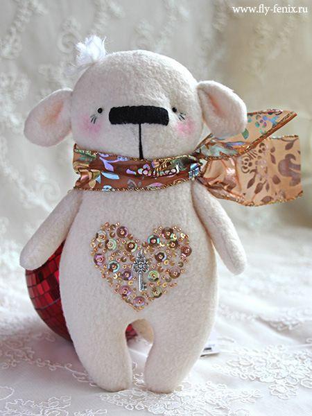 .I love this bear, he's very cute.