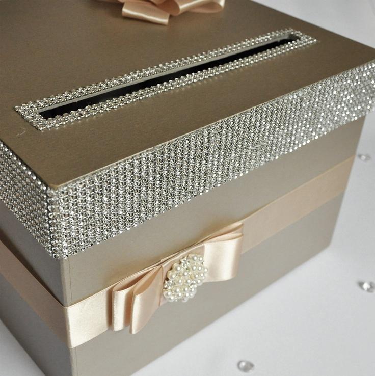 Caja para que los invitados depositen sus sobres con dinero