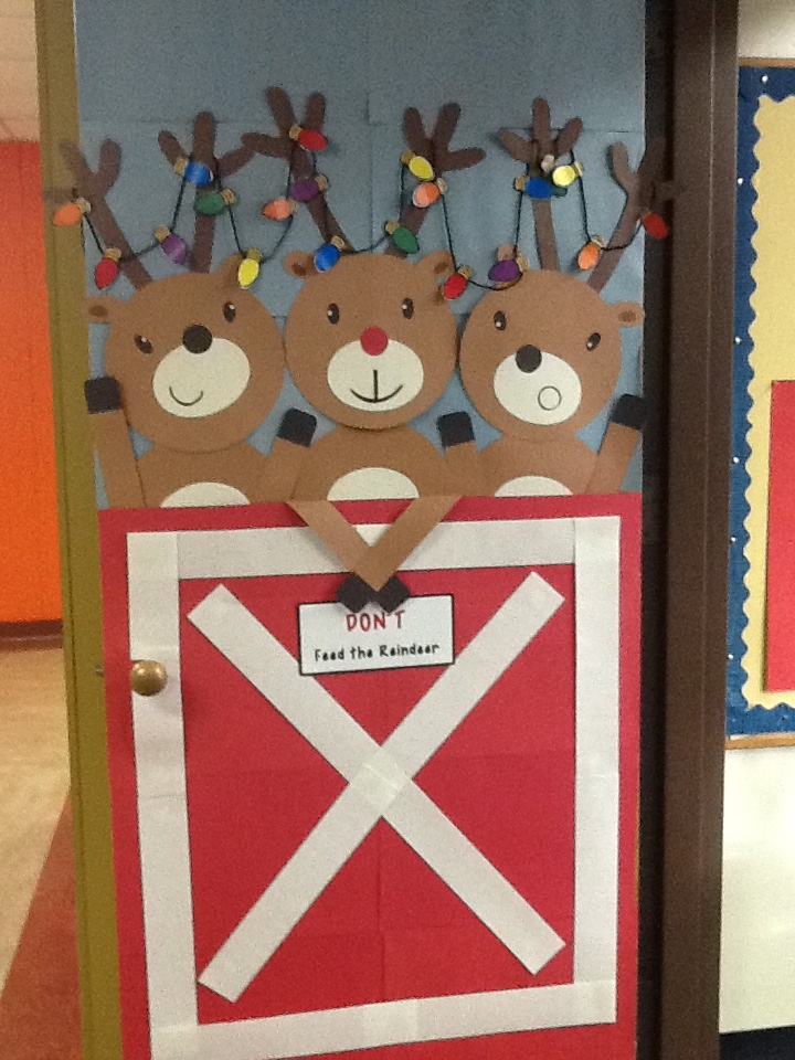 Reindeer door door decor pinterest reindeer and doors Class door winter decorations