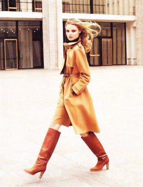 trench coat: Uptown Girls, Fashion, Street Style, Trenchcoat, Camels Coats, Trench Coats, Style Clothing, Magdalena Frackowiak, Boots