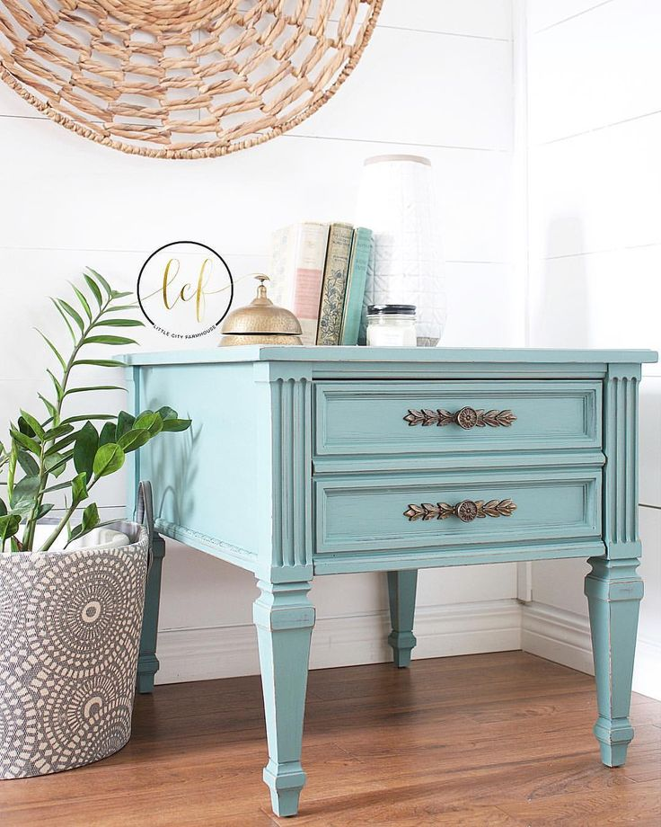 On the blog! This great little side table is definitely much more attractive now than when I picked it up! The colour paired with the…