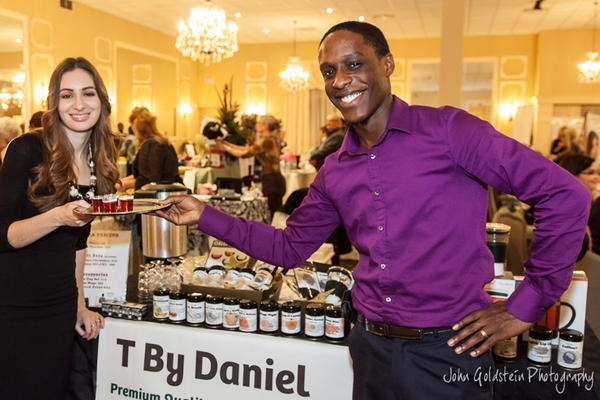 T By Daniel serving our delicious Red Velvet Cupcake Tea at the fabulous Pamperfest Event by Donna Smith!