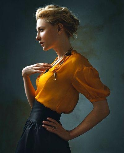 J'adore la façon dont la jupe marque la taille *-*  Cate Blanchett par Annie Leibovitz, ou l'élégance à l'état pur