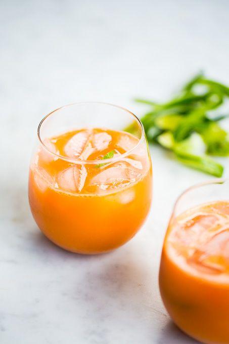 Jugo naranja de zanahoria y pepino