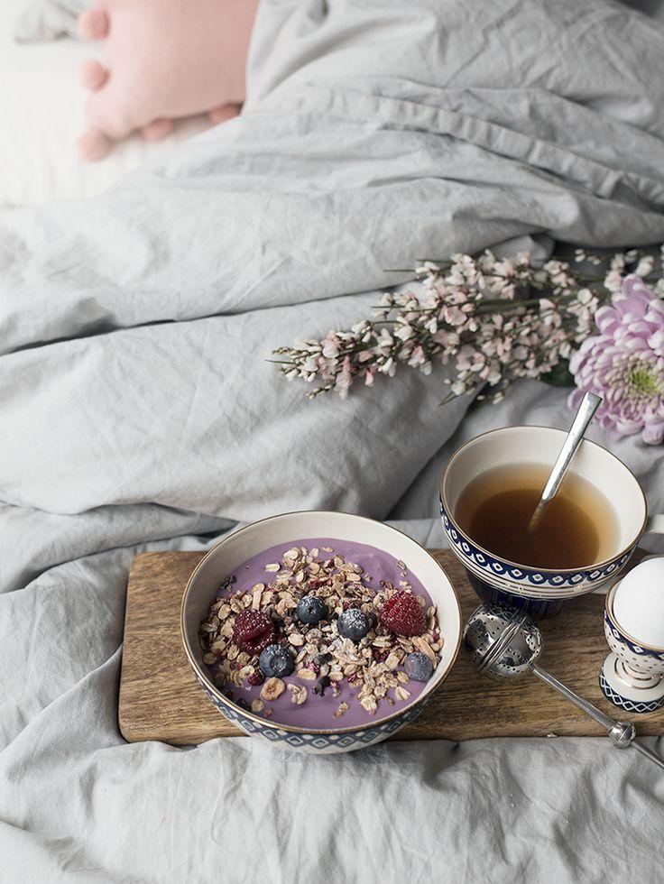 N E V N A R I E N - Frukost på sängen