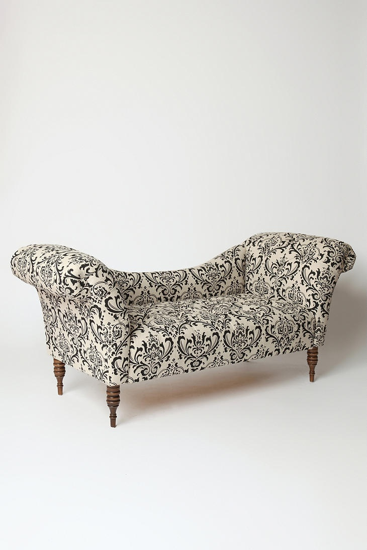 Best 25 fainting couch ideas on pinterest victorian for Black and white damask chaise lounge