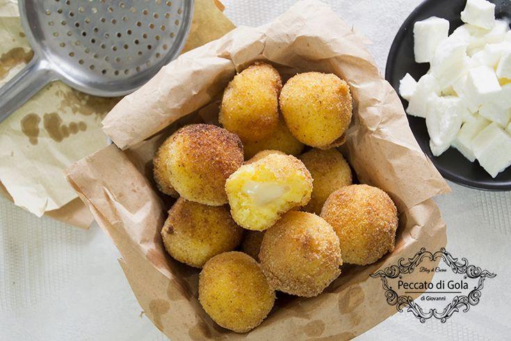 Polpette di polenta e formaggio