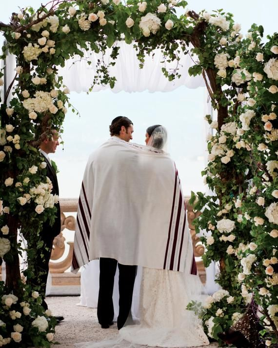 13 Chuppah Ideas From Jewish Wedding Ceremonies