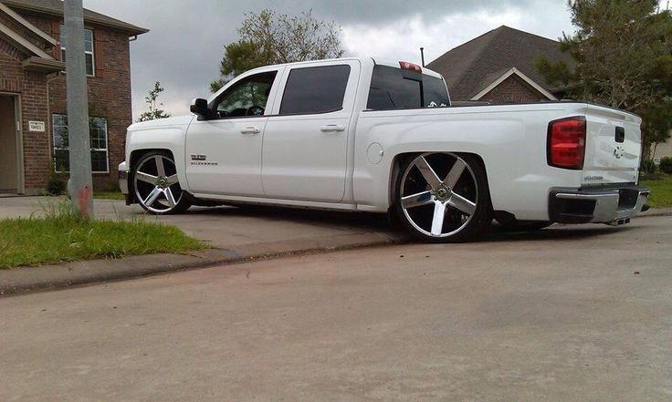 2014 chevy silverado bagged