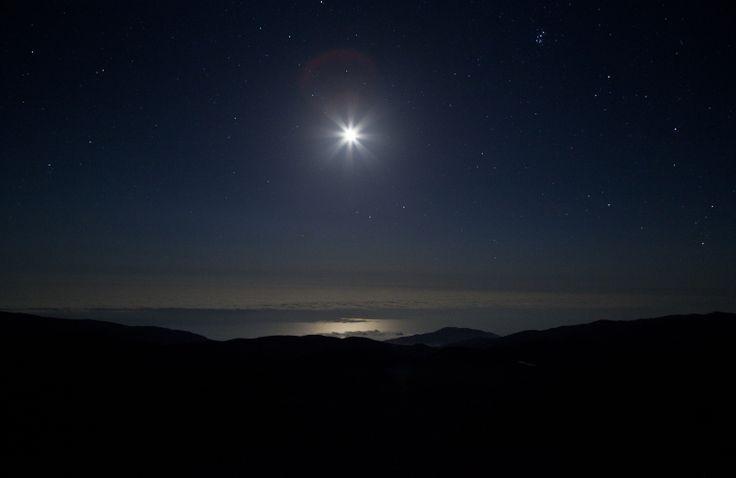 La luna, l'oceano, le stelle
