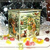 Купить или заказать Горшочек для кухни в интернет-магазине на Ярмарке Мастеров. Милый горшочек с яркими ягодками может стать украшением вашей кухни или дачи. В нём можно держать чай, сахар, лечебные травяные сборы и т. д. Внутри - чистое дерево. Покрыт снаружи глянцевым лаком. Будет хорошим подарком Вашим родным и близким на любой праздник.
