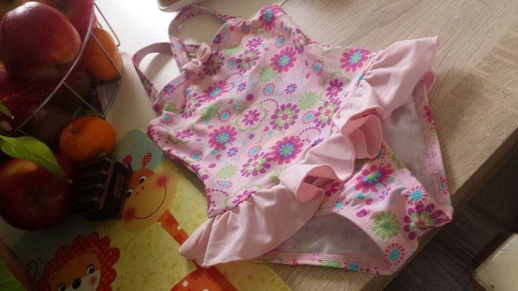 Badeanzug rosa Pink lila blumenprint 80 rücken neu