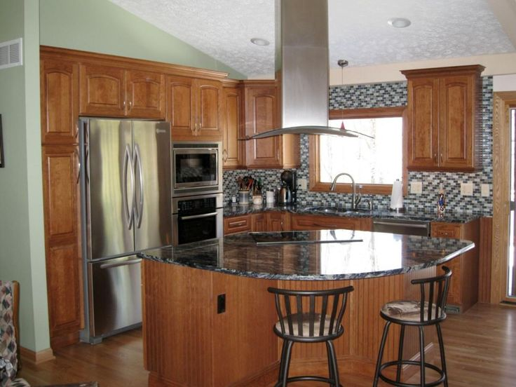 round kitchen island best 25 kitchen island ideas on curved 2007