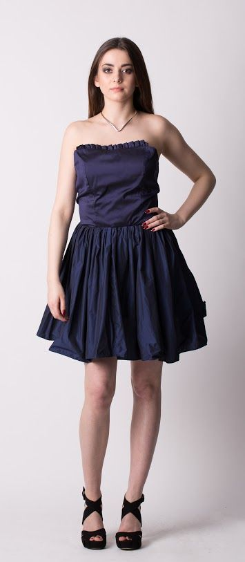 coctail dress Gabriela Hezner designer   navy blue dress   contact gabrielahez6@gmail.com