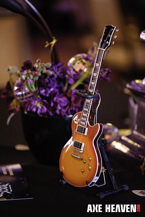 19 best guitar centerpieces images on pinterest guitar for Acoustic guitar decoration ideas