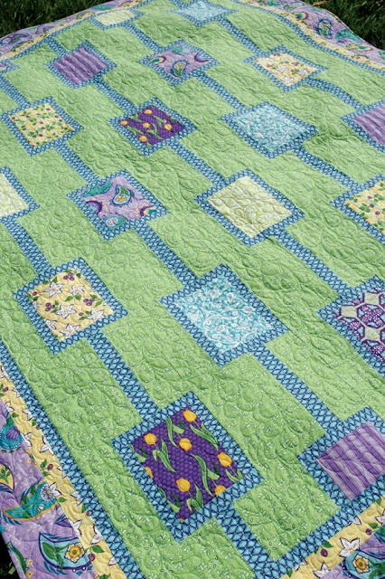 quilt: Colors Combos, Fun Patterns, Baby Quilts, Beautiful Colors, Spring Colors, Blocks Quilts, Colors Quilts, Blue Quilts, Quilts Ideas