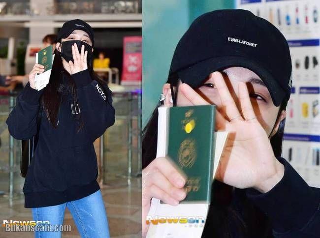 Apink's Eunji @ Gimpo Airport off to Japan for 'KCON 2017 JAPAN' : http://www.bukanscam.com/2017/05/apinks-eunji-gimpo-airport-off-to-japan.html