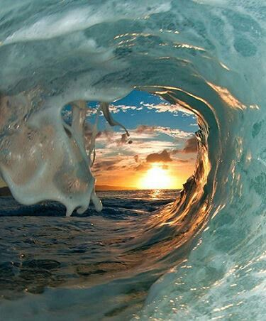 Morning wave, Australia