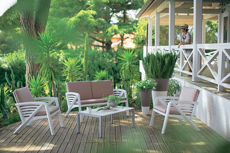 f01d51b164cd9de6902d5cf2905d62d5  salons terrace
