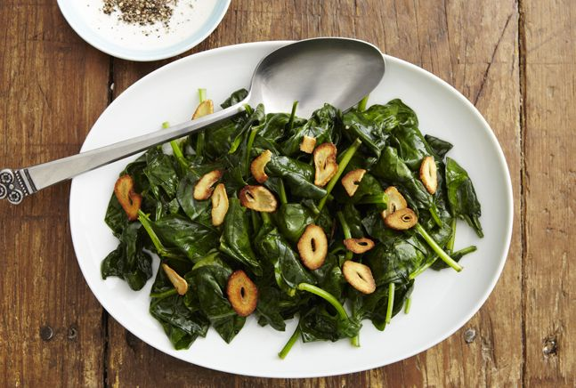 Wilted Spinach with Crispy Garlic: Dinners Tonight, Healthy Recipe Food, Kosher Food, Crispy Garlic Tasti, Chips Bring, Recipe Food Options, Garlic Chips, Kosher Recipe, Like Spinach