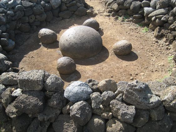 イースター島の卵石