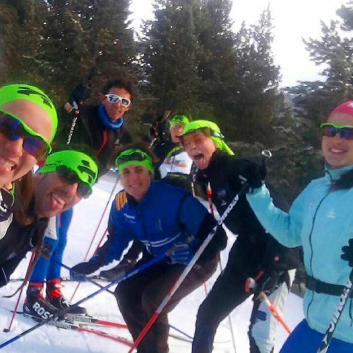 "Are you a ""green"" skier? #bonessports #bonesskiroll #repost @etfem ・・・ Continuem entrenant sense parar!! Gran i immens equip!!! Re ni ningú ens podrà parar!!"