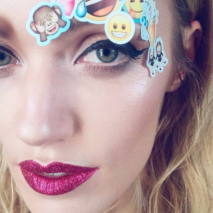 Glitter lips makeup Koki9