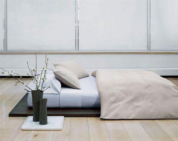 Id ias cama baixa de design para projetos quarto for Cama minimalista