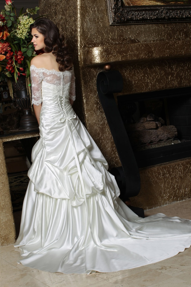 12 best spring 2013 wedding images on pinterest bridal dresses da vinci 2013 wedding gown available in ivory and white satin sweetheart ombrellifo Image collections