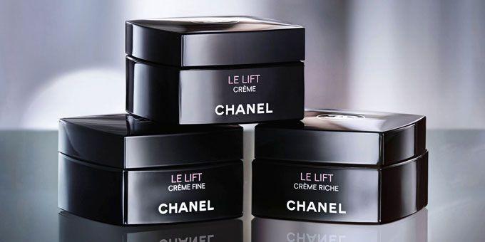 """Il problema delle rughe sul viso, prima o poi coinvolge ogni tipo di donna. Grazie al """"Le lift crème Chanel"""", è possibile non solo attutire, ma prevenire.http://www.sfilate.it/218002/anti-eta-prevenzione-con-le-lift-creme-chanel"""