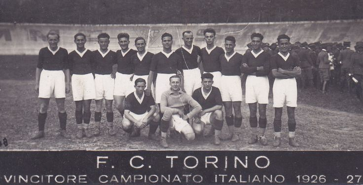 Torino e Bologna di nuovo in lotta per lo scudetto! orino e Bologna sono due società storiche del calcio italiano. Entrambe hanno vinto, nella loro storia sette scudetti. Entrambe non vincono più da una vita o più. Il Toro è a secco da 43 anni Il Bolo #torino #bologna #scudetto