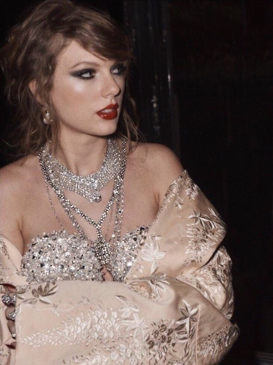 Look What You Made Me Do || Taylor Swift || #LWYMMDvideo behind the scenes photos