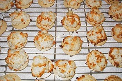 Kokos - Marzipan - Makronen (Rezept mit Bild) von tweetybirdy | Chefkoch.de