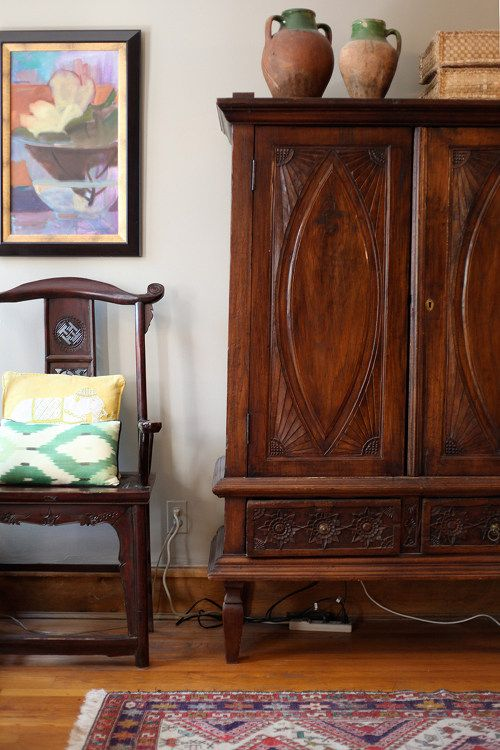 Armoire to hide TV.: Cabinets, At Home, Jewelry Design, Colors, Texture Pattern, Cabinets, Design Sponge, Chicago, Designsponge