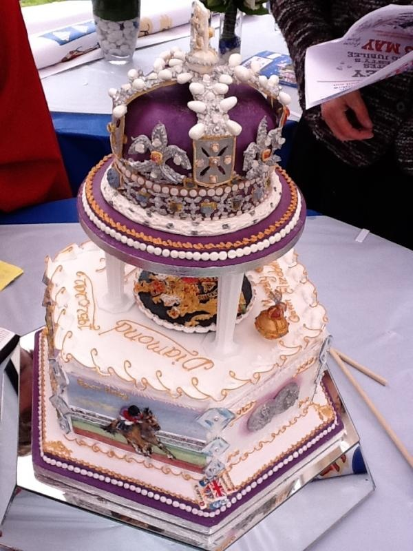 75 best Jubilee Kitsch images on Pinterest | Queen ...