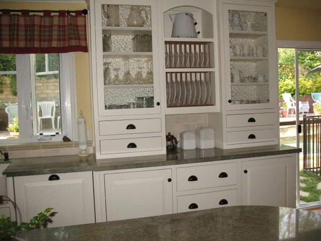 Best 25+ Cabinet Plate Rack Ideas On Pinterest