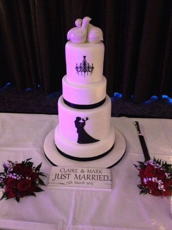 Wedding Cake. Black and white.