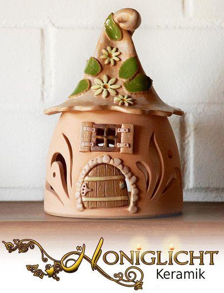 Windlicht - Wichtelhaus mit Dach - Keramik von Honiglicht auf DaWanda.com