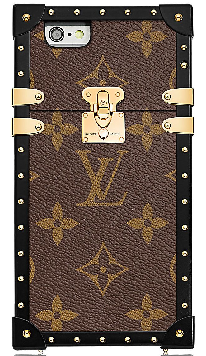 Louis Vuitton has a big surprise and everyone should be excited! First seen on the Spring Summer 2017 Runway, this Louis Vuitton Eye-trunk Phone Case is just the next big thing especially if you ar…
