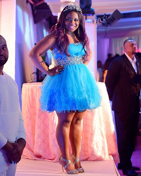 Lil Wayne's daughter Reginae Carter had multiple outfit changes during her Sweet 16 party on Nov. 29