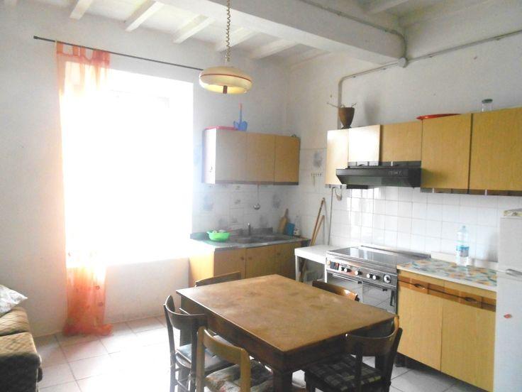 Serramazzoni centro, blocco di due appartamenti