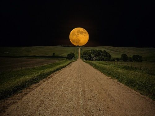 moon, night, and road Bild